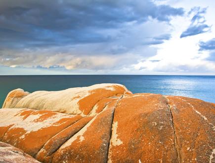 אבנים, חוף טזמניה, קרדיט אימג'בנק