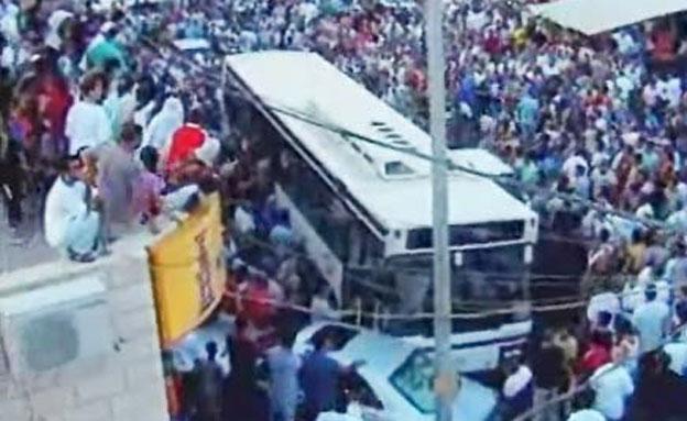 האוטובוס בשפרעם (צילום: חדשות 2)