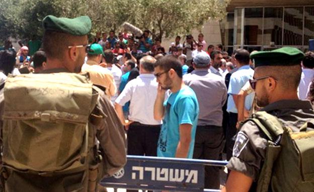 """""""זכותו של הערבי להגן על עצמו"""", היום (צילום: חדשות 2)"""