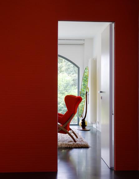 אנטונלה, כניסה לחדר גובה (צילום: Mario Ciampi)