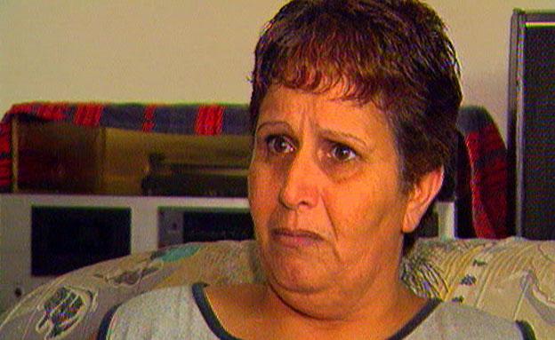 """""""רצח אופי"""". אמו של עדן נתן זאדה (צילום: חדשות 2)"""