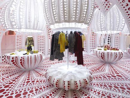 חנויות בגדים, לואי ויטון שולחנות (צילום: style.selfridges.com)