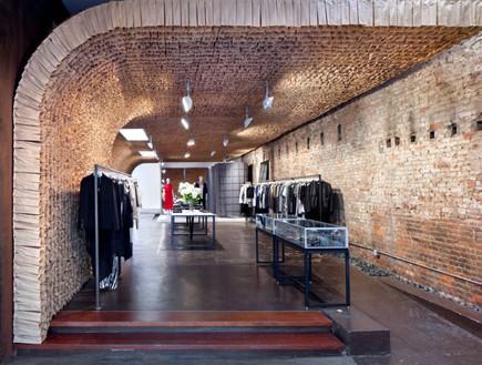 חנויות בגדים, אוון קירות (צילום: Juliana Sohn for OWEN)