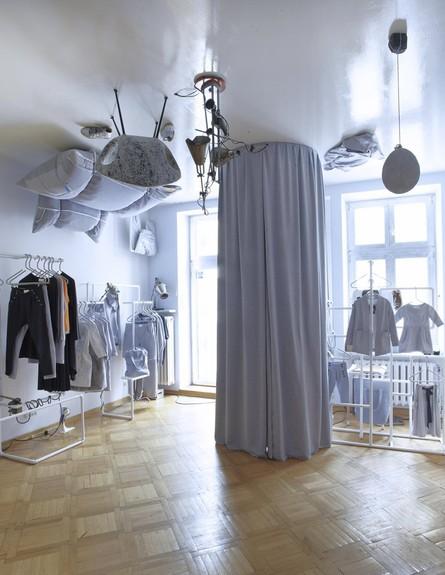 חנוויות בגדים, ריסק גובה (צילום: www.smallna.com)