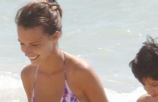 יאנה יוסף בביקיני יוני 2013 (צילום: רועי קסטרו)
