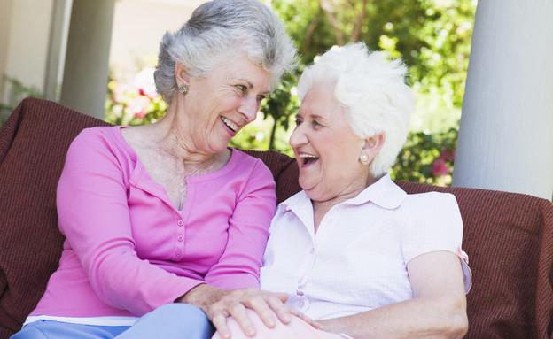 שתי נשים מבוגרות (צילום: אימג'בנק / Thinkstock)