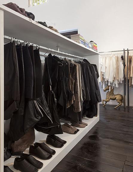 חנויות בגדים, תמה נעלייםל, צילום שי אפשטיין (צילום: שי אפשטיין)