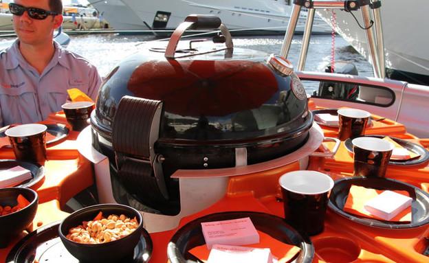 סירת ברביקיו, מקום לעשרה bbq donut spain (4) (צילום: bbq donut spain)