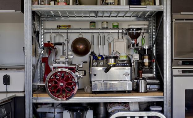 גלית, מטבח ארון כלים 2 (צילום: רינת שניידובר)