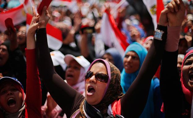 ההפגנות במצרים, ארכיון (צילום: רויטרס)