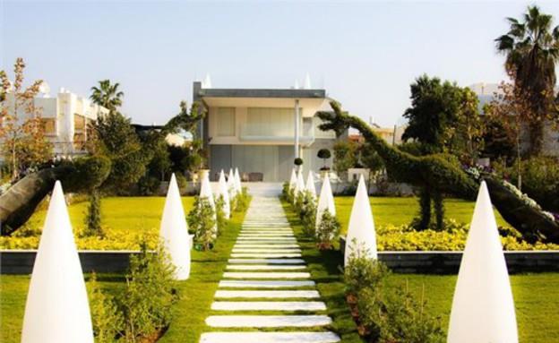 הבית היקר בישראל, מדרגות (צילום: באדיבות אלון דנין, משרד גלי תכלת)