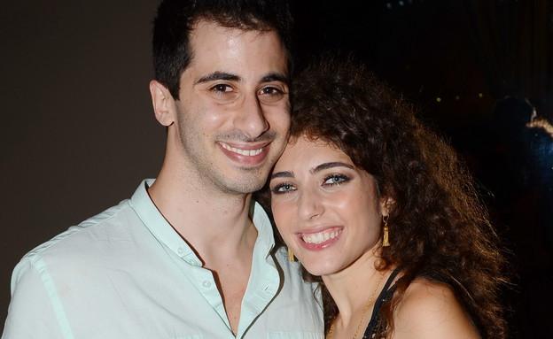 רוני דלומי והחבר (צילום: אביב חופי)
