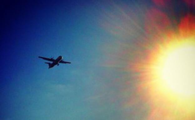 חופשות- מטוס בשמים 8.8.13 (צילום: האח הגדול)