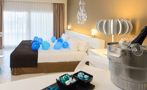 החדר, מלון טוויטר (צילום: huffingtonpost.com)