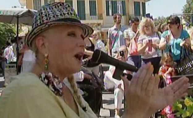 מירי אלוני חוזרת לשיר (צילום: חדשות 2)