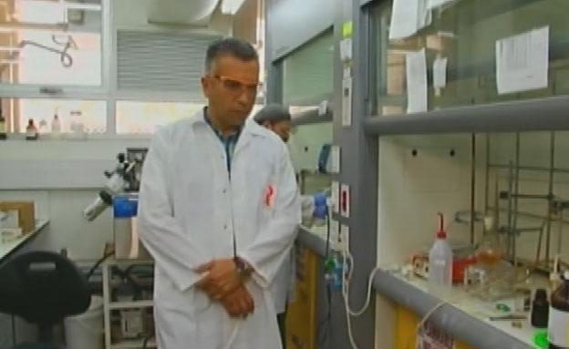 הפרופסור הערבי הראשון לכימיה בארץ. בריק (צילום: חדשות 2)