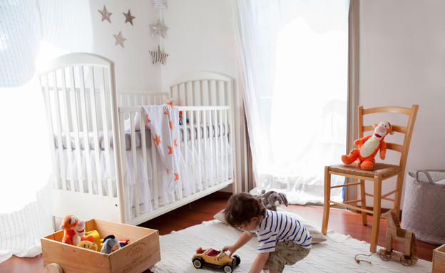דירות סטודנטים, חדר תינוק כוכבים ג'ין מרמרי גובה, (צילום: שרון ברקת)