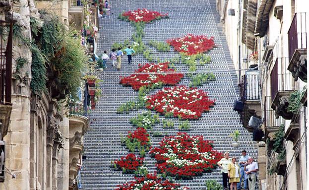 סיצליה, מדרגות (צילום: Andrea Annaloro)