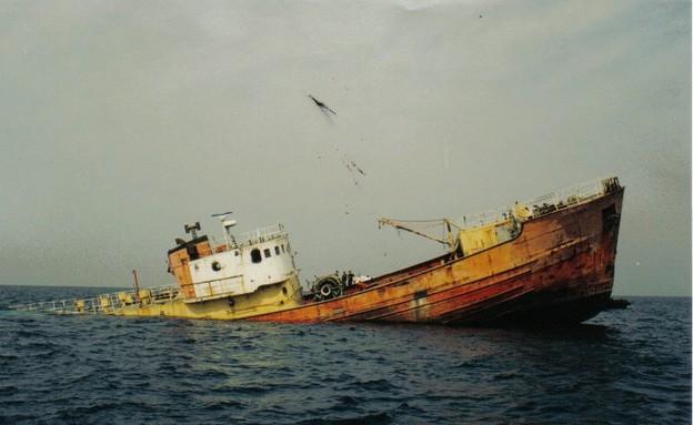 הטבעת הסי-גארד, אתרי צלילה, קרדיט אמיר גור ואיציק  (צילום: אמיר גור ואיציק יוגב)