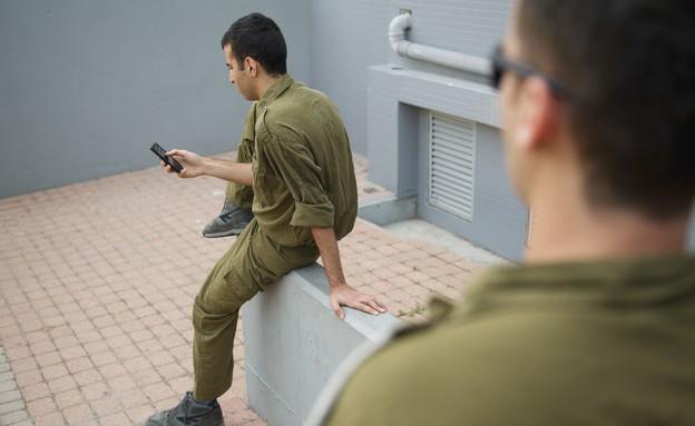 חייל - אילוסטרציה (צילום: רועי ברקוביץ')