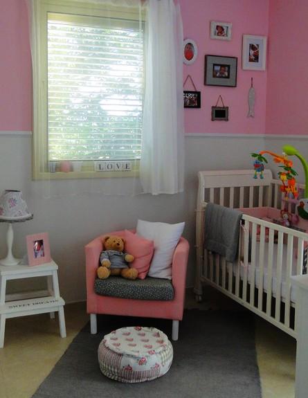 שרון אלון, חדר תינוקת גובה