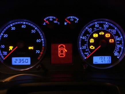 98 מהנהגים לא יודעים מה נורות האזהרה מסמלות