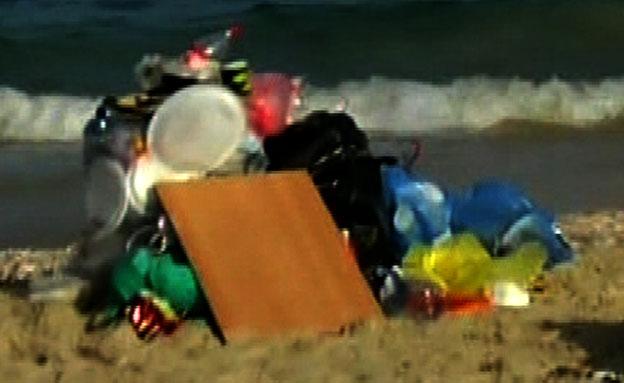 צפו בחופי הים המזוהמים (צילום: חדשות 2)