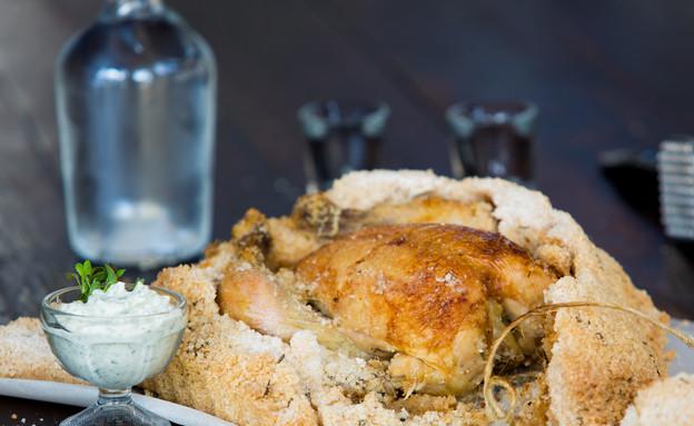 עוף בקראסט מלח (צילום: בני גם זו לטובה, אוכל טוב)
