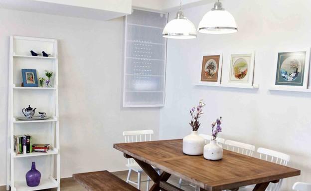 גלי צוק חדש, שולחן אוכל (צילום: טטיאנה פאוטוב)