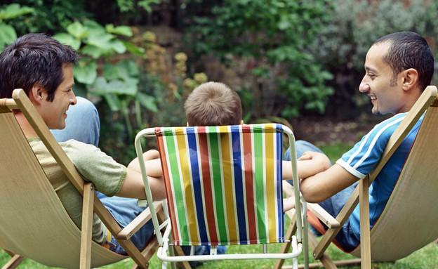 זוג גברים וילד  (צילום: אימג'בנק / Thinkstock)