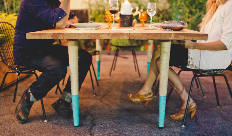 שדרוג שולחן אוכל, רגליים (צילום: www.yeahrentals.com)