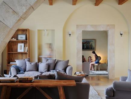 הבית הרגשי, סלון, אדריכלות יאנה ירקוני ריהוט גלריית ווסטו