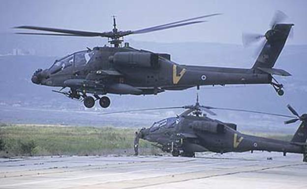 מבצע ענבי זעם מסוקי אפאצי (צילום: אתר חיל האוויר)