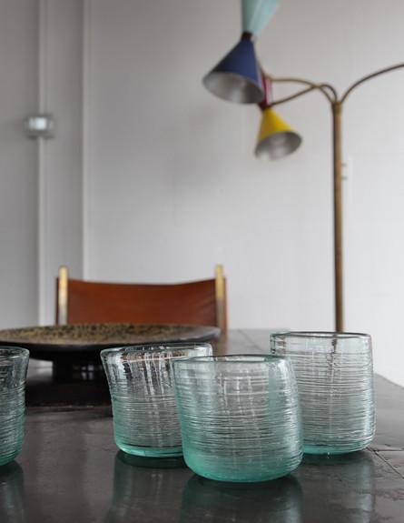 לופט בית חרושת, פינת אוכל כוסות גובה