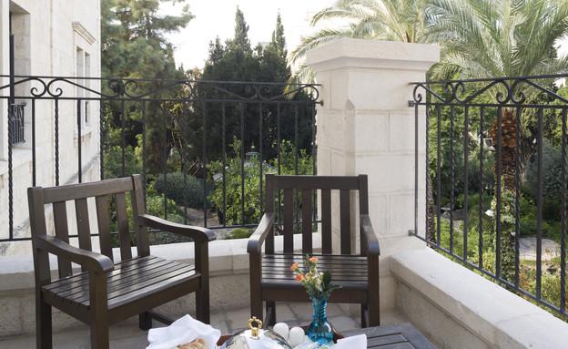 מרפסת, מלון קולוני