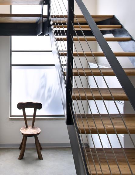 בתים לחג, שרון נוימן מדרגות גובה, צילום עמית גושר
