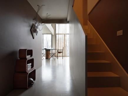 לופט בית חרושת, מדרגות חדשה