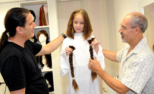 בנות שש ותשע תורמות שיער (צילום: צילום: רחל דוד, סורוקה)