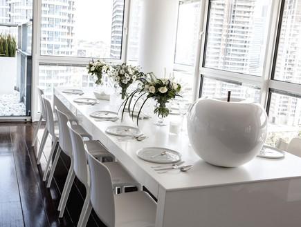 הפקה לבנה, שולחן חג תפוח (צילום: שרון ברקת)
