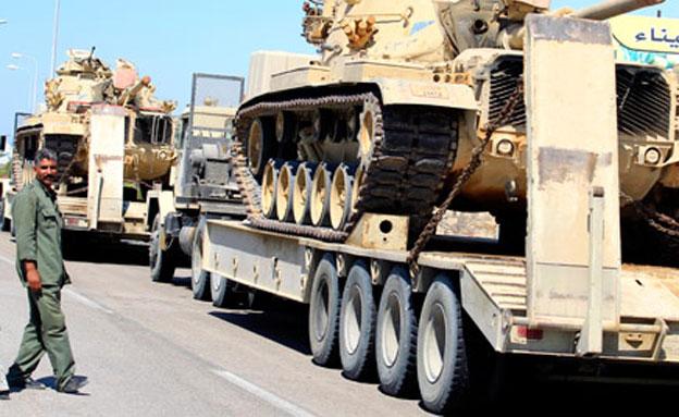 כוחות צבא מצרים בסיני, ארכיון (צילום: AP)