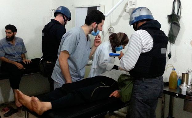 נפגעים מנשק כימי בסוריה (צילום: רויטרס)