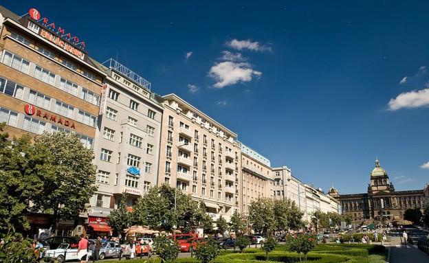 רמדה, מלונות מזרח אירופה