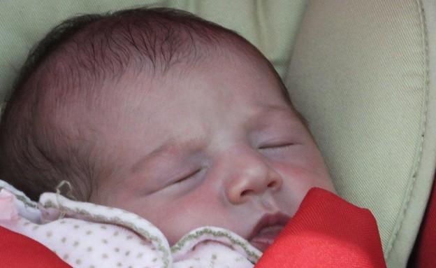 של מי התינוקת? (צילום: ברק פכטר)