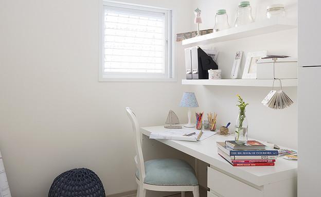 אורנית, חדר עבודה (צילום: שי אפשטיין)