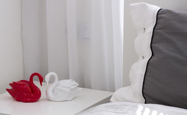 אורנית, חדר שינה ברבורים (צילום: שי אפשטיין)