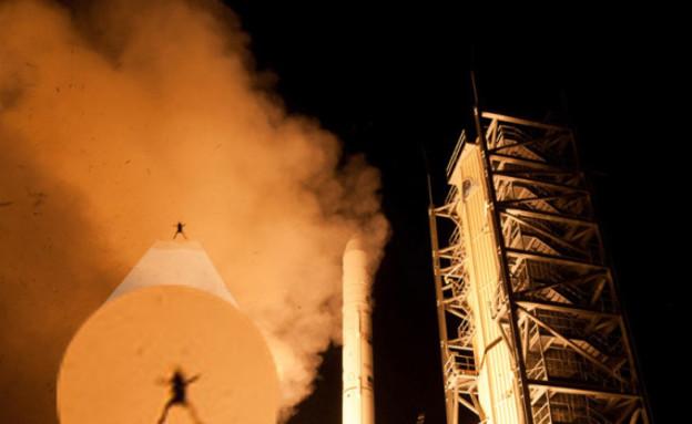 """הצפרדע שצולמה בעת שיגור LADEE (צילום: נאס""""א)"""