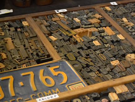 חנויות ניו יורק, שוק ברוקלין אותיות (צילום: נעם רוזנבלט אלדן)