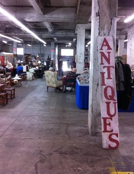 חנויות ניו יורק, שוק חנייה גובה (צילום: נעם רוזנבלט אלדן)