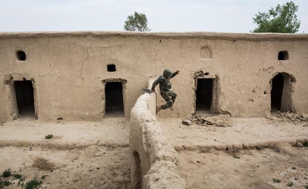 לוחם אמריקאי באפגניסטן (צילום: Andrew Burton, GettyImages IL)