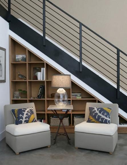 אחסון, מדרגות כורסאות גובה (צילום: freshhomes.com)